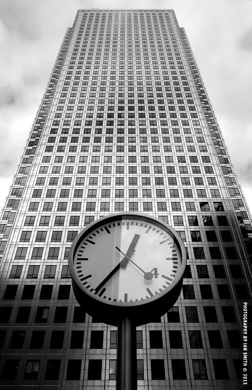 Clock outside One Canada Square, Canary Wharf