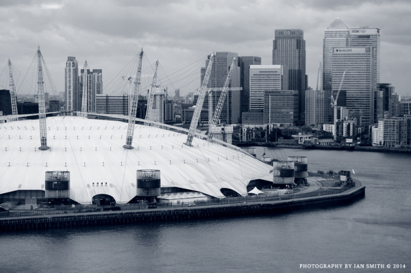 The O2 Arena and Canary Wharf from cable car