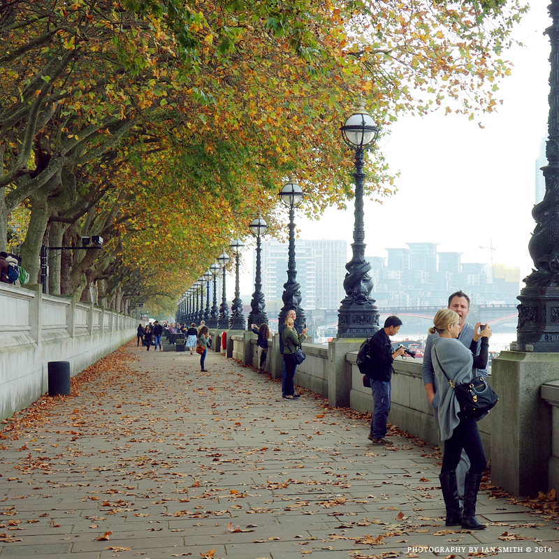 Path along the Thames, London
