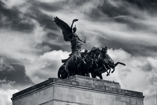 Wellington Arch Statue, London