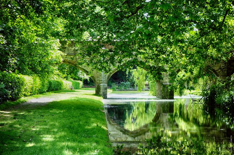 North Bridge, Eltham Palace