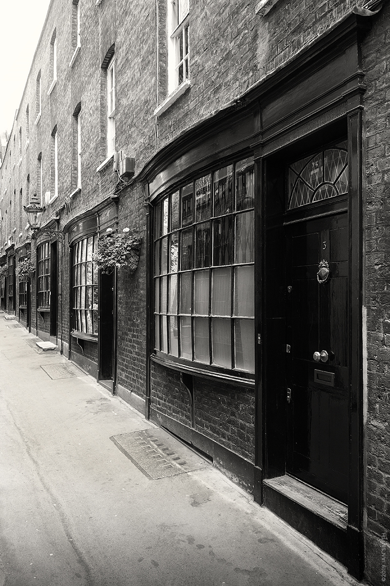 Goodwins Court, London or Diagon Alley