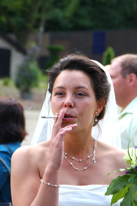 Smoking bride