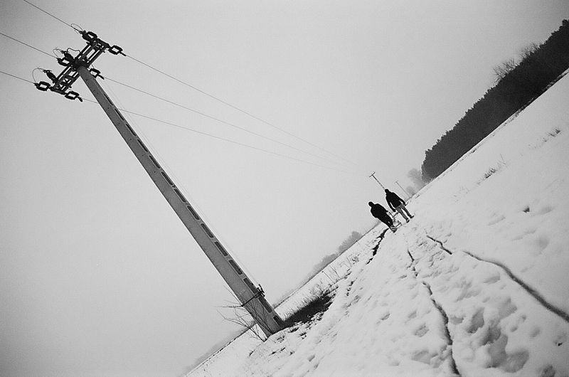 snow, electric pylon, people, walk