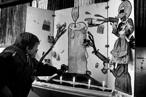 kid, game, candle, water, gun