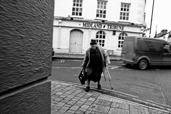 birr, ireland, old, lady, street