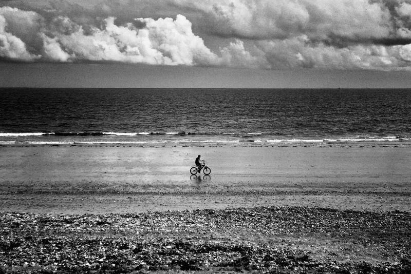 youghal, ireland, beach, bike, kid