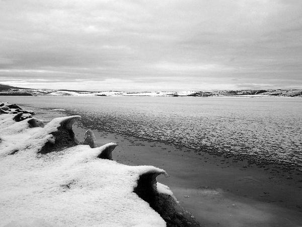 vlasina lake in winter