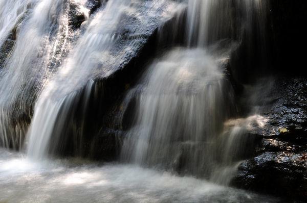 waterfall long exposure in serbia vucje