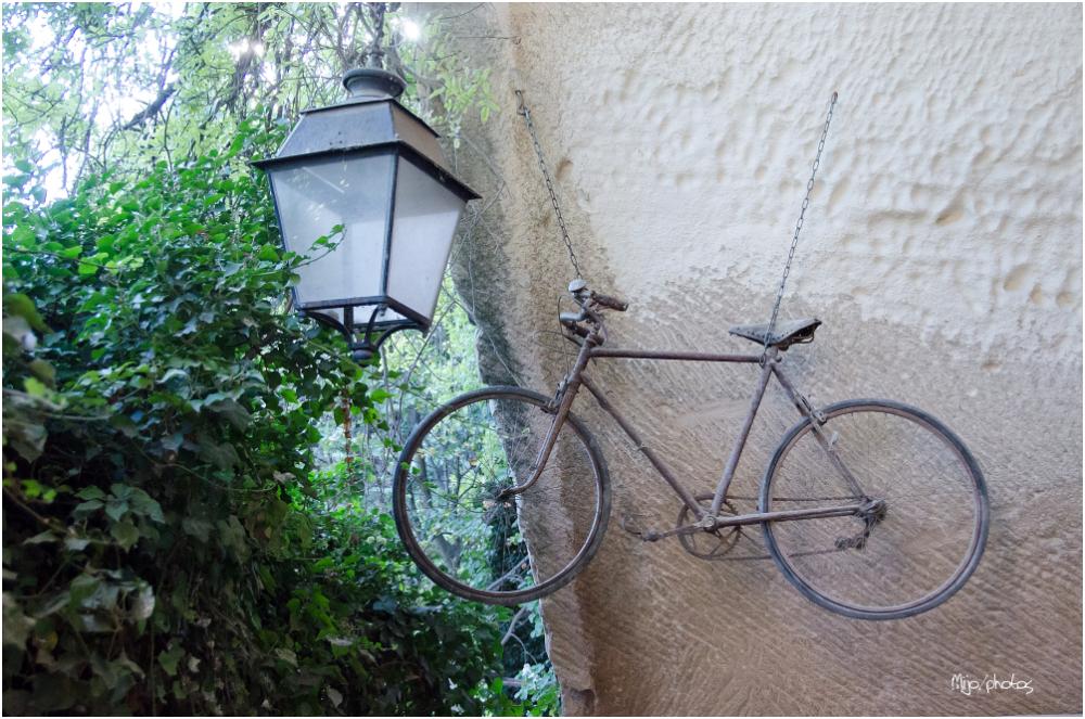 Le vélo qui parlait au réverbère