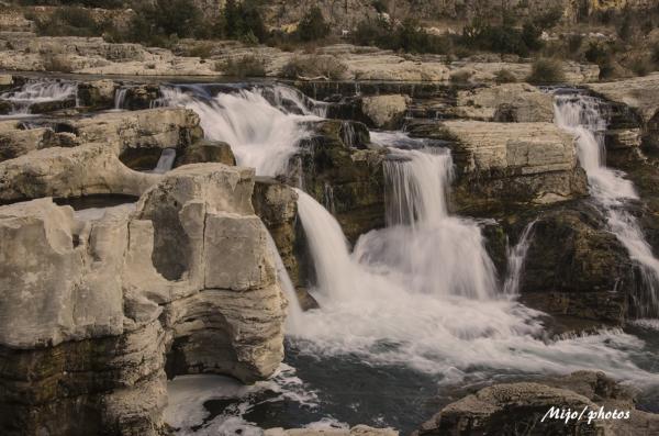 La Roque sur Cèze -2 : les cascades du Sautadet