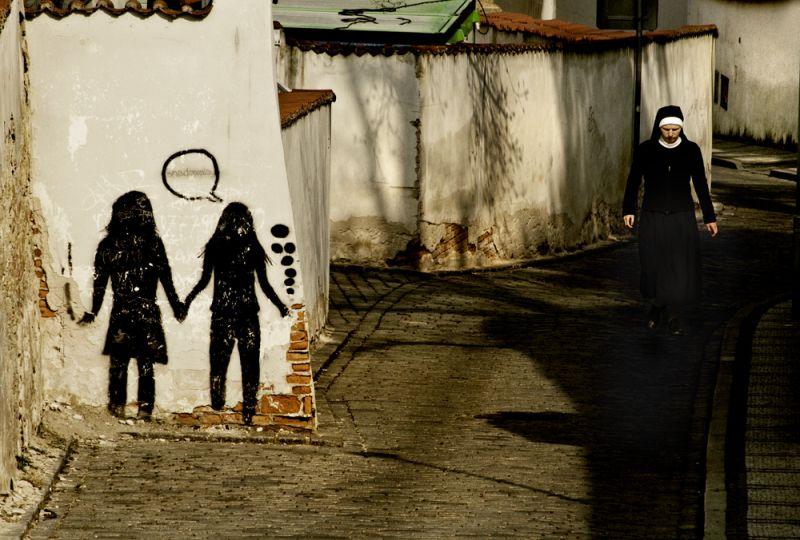 figures in black