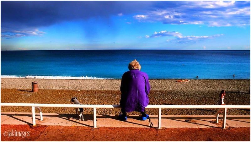 fin de jour - plage de Nice