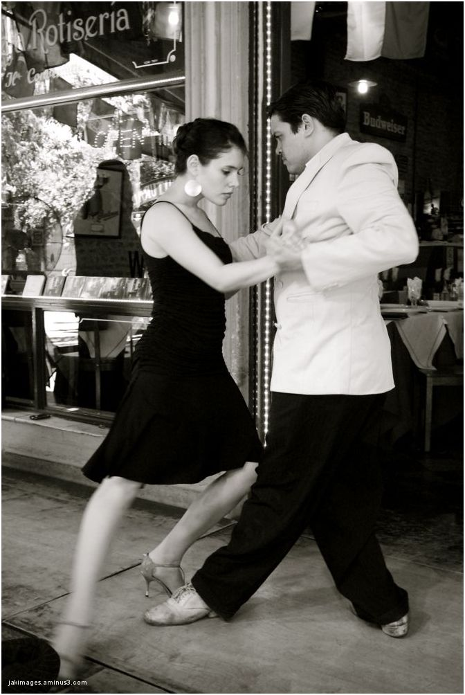 Danseurs de tango - rues de Buenos-Aires