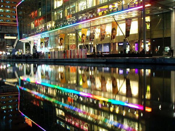 as I was walking in Bangkok 2................