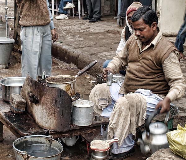 india new delhi roadside tea maker