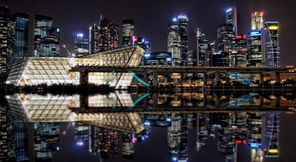 singapore marina bay nightview water reflection
