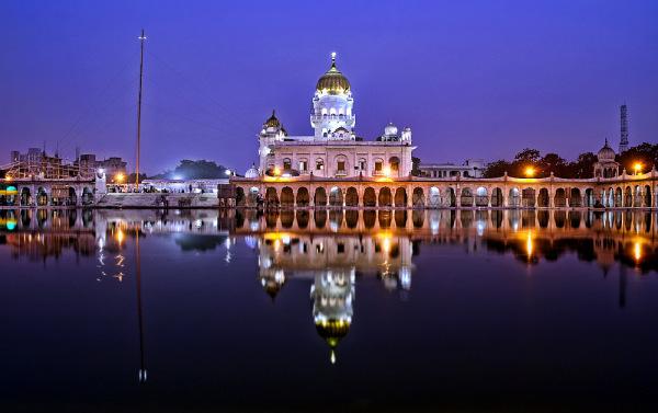 new delhi gurudwara bangla sahib nightview