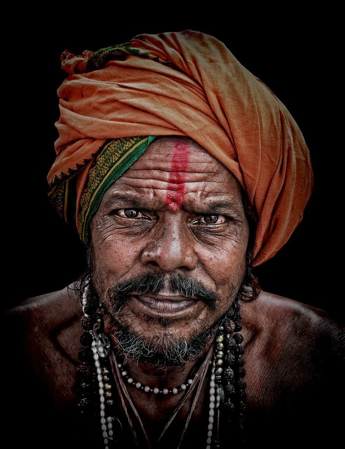 portrait hindu sadhu Varanasi India