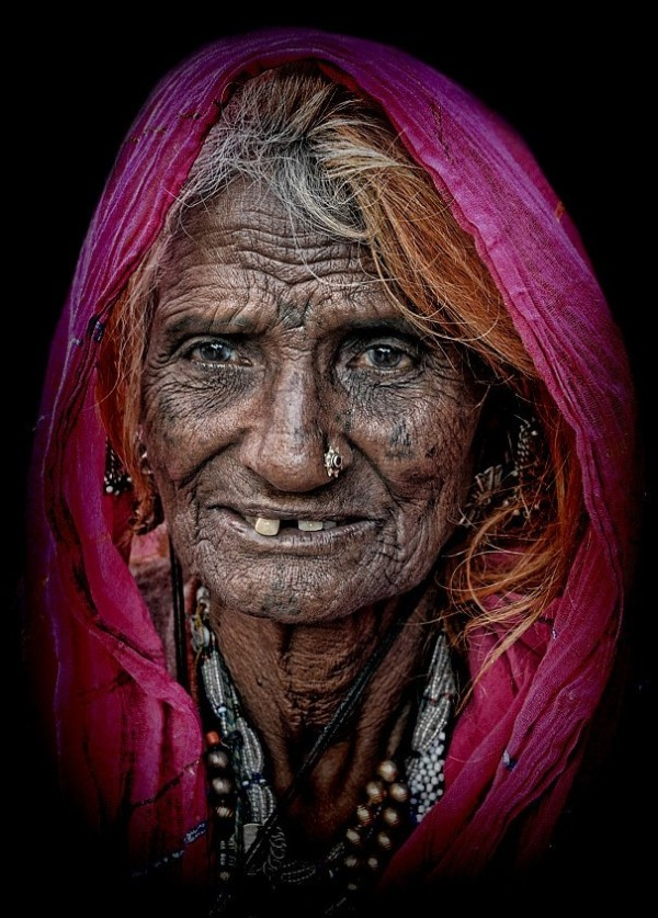 street portrait rajasthani woman Jodhpur Rajasthan