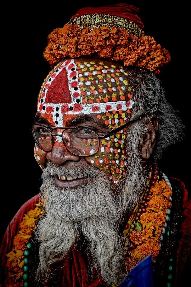 street portrait sadhu Kathmandu colourful face art