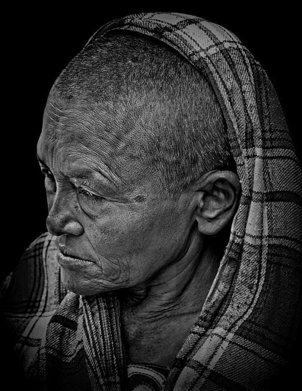 street portrait woman Kathmandu Nepal nepali