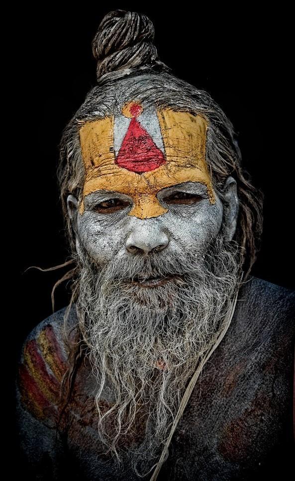 street portrait sadhu Pashpatinath Kathmandu Nepal