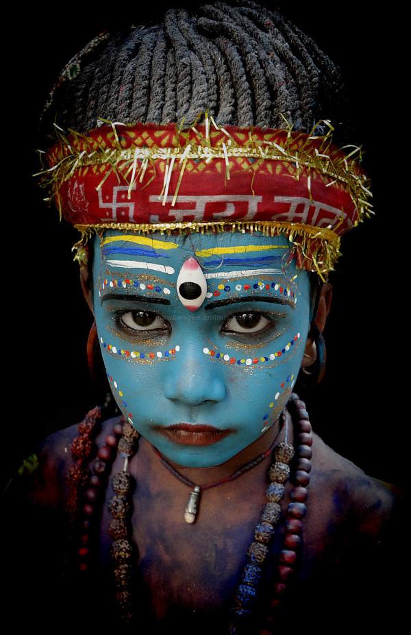 street performer indian  hindu deity natural light