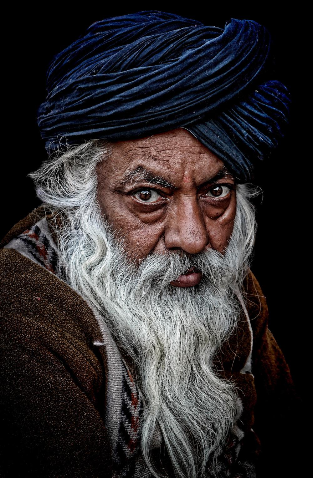 sikh turban man merchant white beard merchant