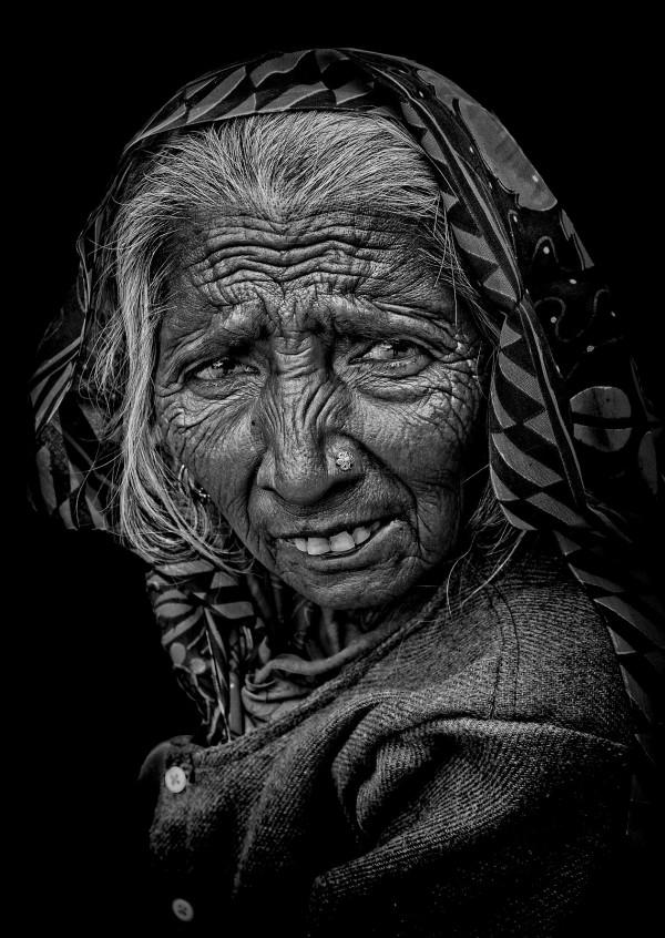 street monochrome portrait Rajasthani woman Pushka