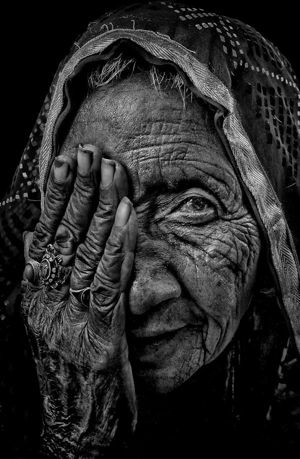 monochrome street natural light portrait Rajasthan