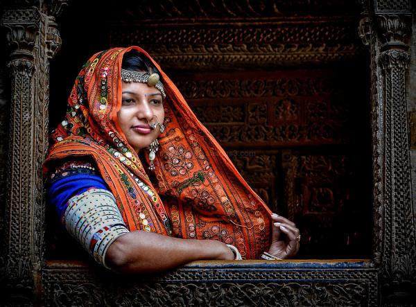 rajasthani woman nose ring street portrait Veil