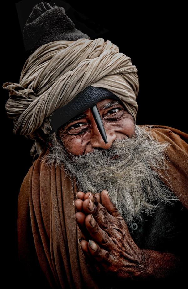street natural light  portrait hindu pilgrim India