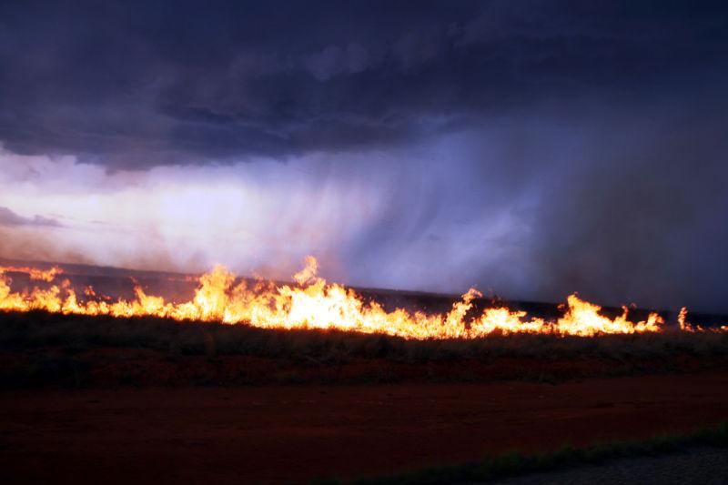 rain fire storm pluie feu orage