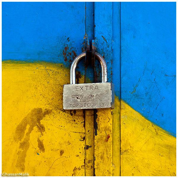 lock,color,door,iraq