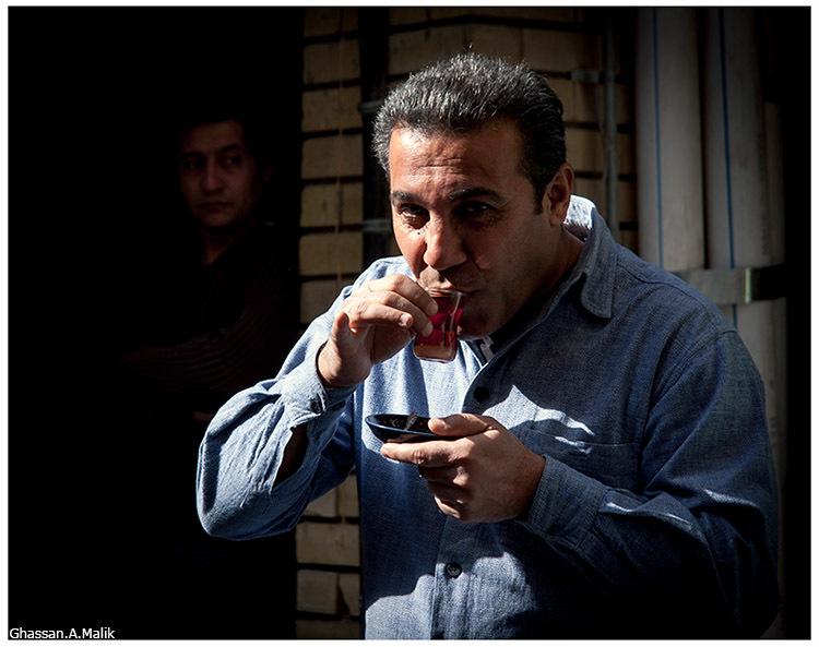 Iraq,people,men,tea,street