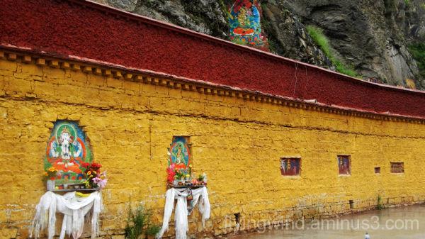 Piously worship, Tibet