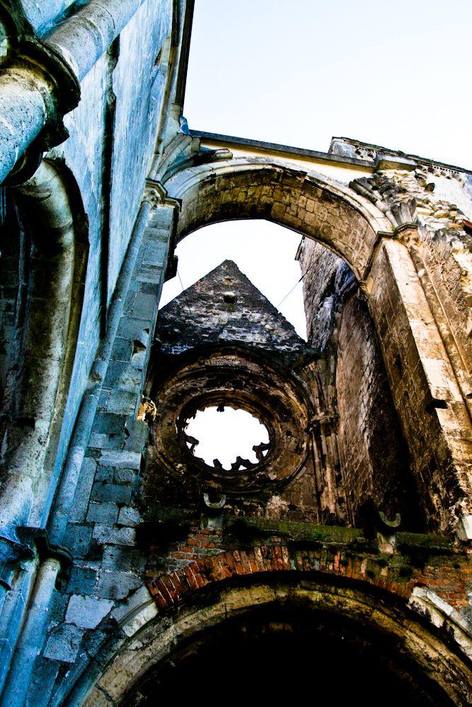 Zsámbék church ruins