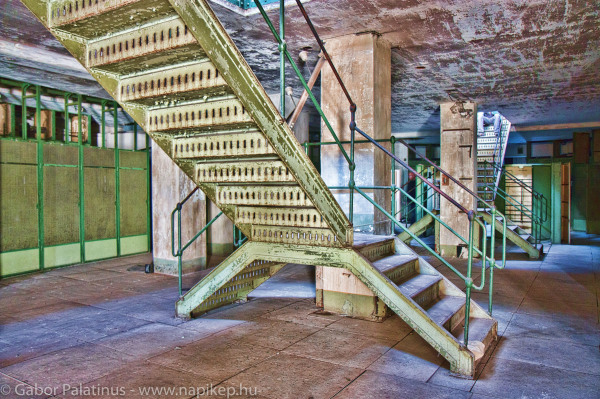 Kelenföld series - basement