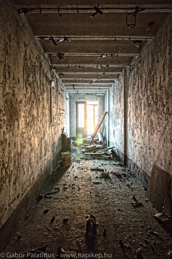 Kelenföld series - basement III.