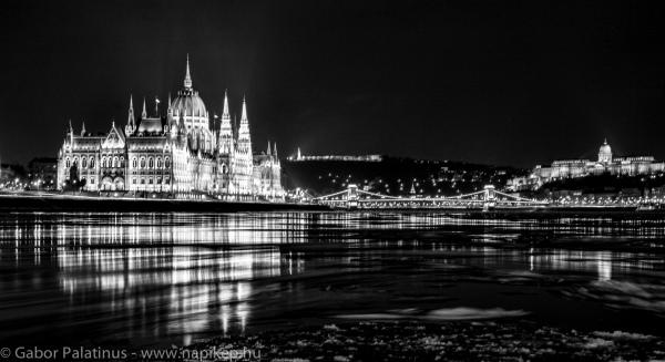 ice braking on Danube I