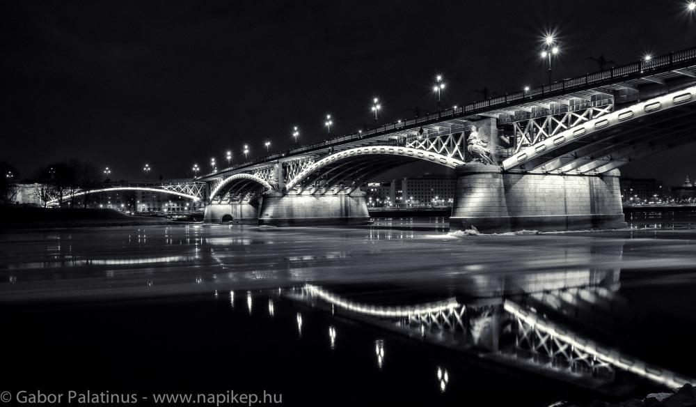 ice braking on Danube IV.