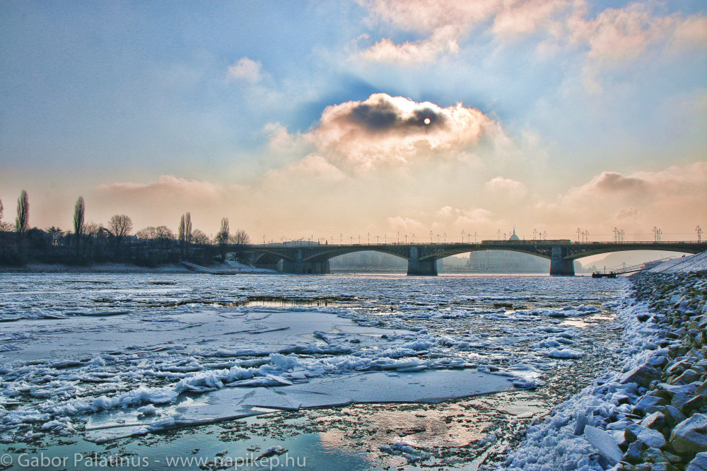 Margaret bridge with icy Danube