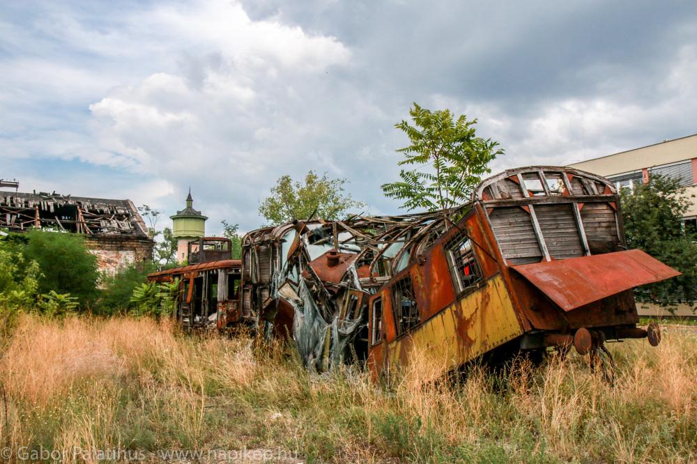 train cemetery VI.
