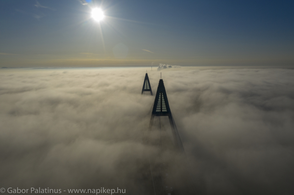 Megyeri bridge in the morning fog again