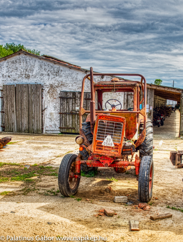 one more old tractor
