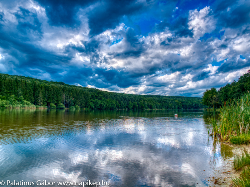 Hársas lake