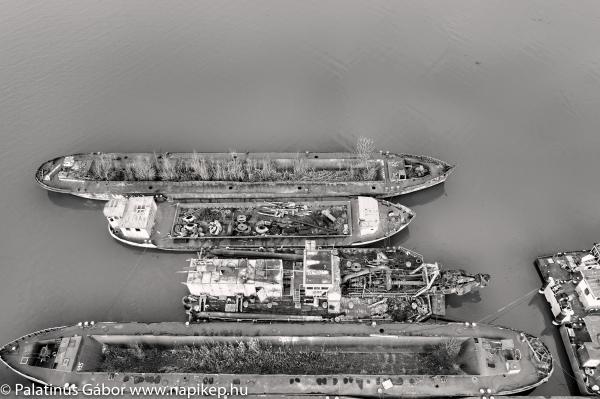 ship cemetery series