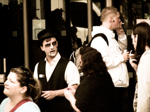 a worker for the london dungeons