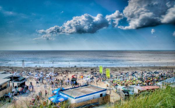 Bloemendaal at the beach